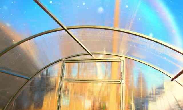 Оцинкованные теплицы из поликарбоната 6x3