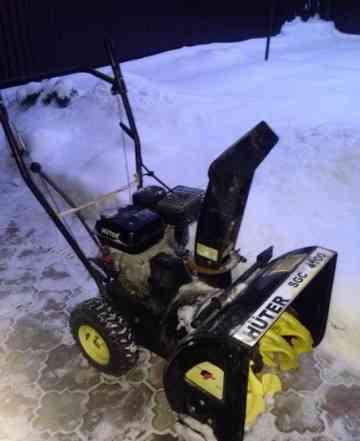 Снегоуборщик Huter SGC 4100 (2 года)