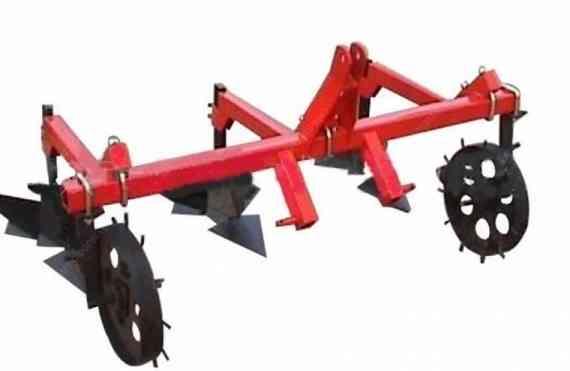 Окучник тракторный