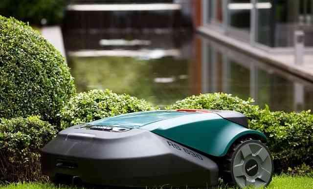 Робот газонокосилка Robomow RS630