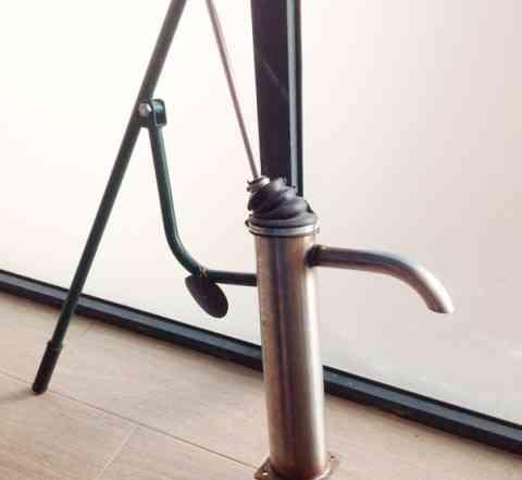 Механический ручной насос для воды скважины