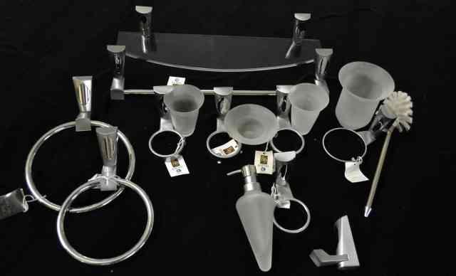 Комплект аксессуаров Romynox в ванную Испания