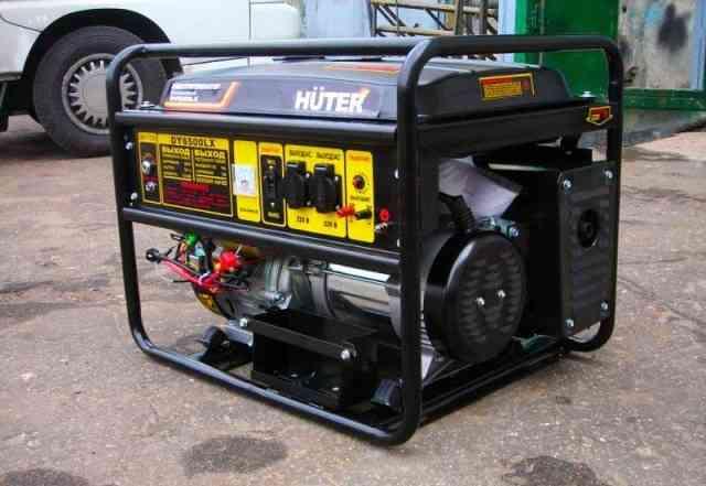 Бензиновый, даром генератор huter DY6500