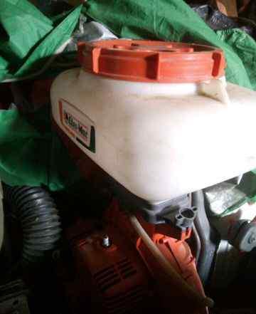 Воздуходувка распылитель. Oleo-Mac. 162и190