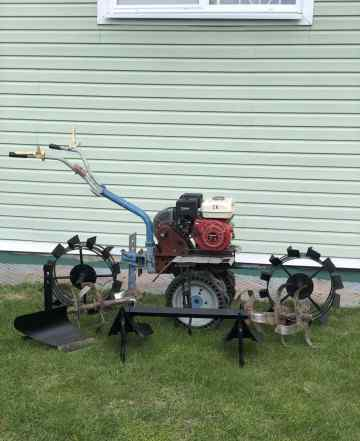 Мотоблок Нева с навесным оборудованием