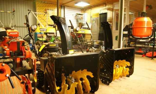 Снегоуборщик Huter 4100L новый