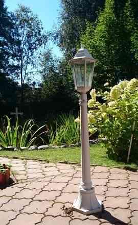 Ландшафтные фонари белого цвета на стойках, 8 шт