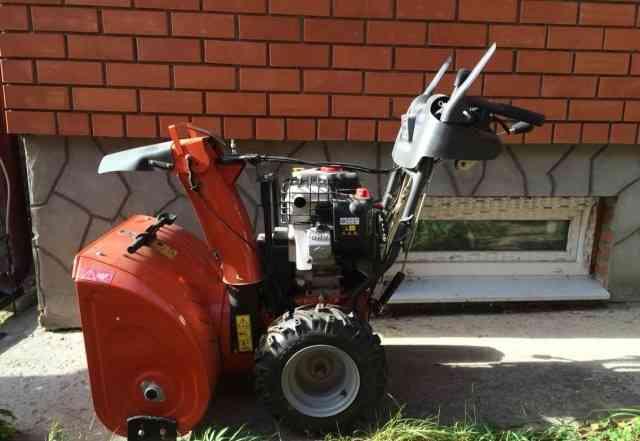 Снегоуборочная машина Хускварна st268ep