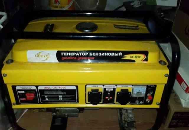 Генератор бензиновый 3000 Кв