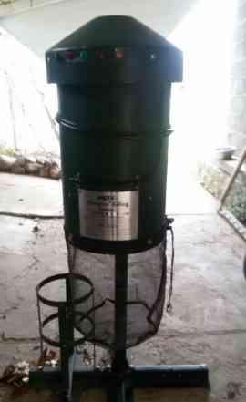 Устройство для уничтожения комаров