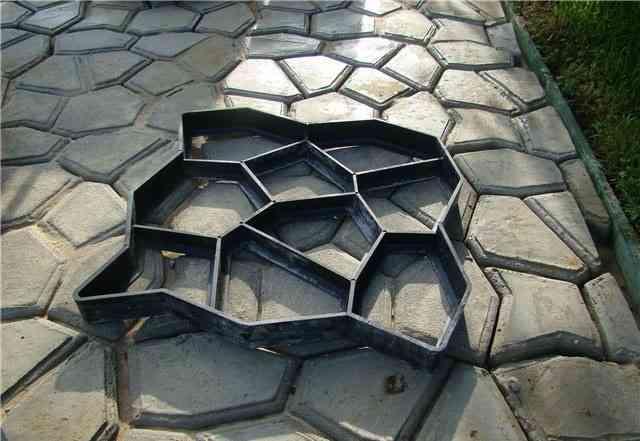"""Форма для садовой плитки """"садовая дорожка"""" своими"""