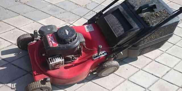 Бензиновая газонокосилка MTD SPB 46 самоходная
