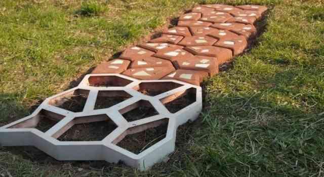"""Форма для изготовления садовых дорожек """"тропинка"""""""
