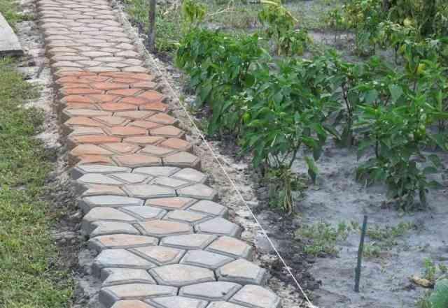 """Форма для изготовления тротуарной плитки """"тропинка"""