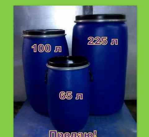 Продаю бочки пластиковые. 225 л. 100 л. 65 л