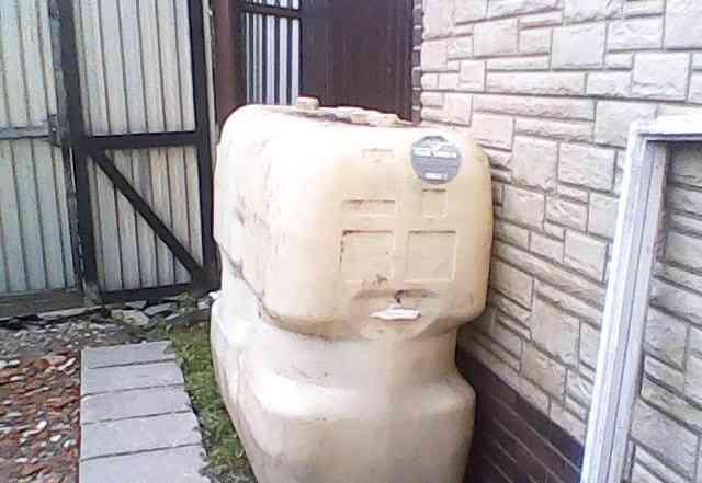 Емкость для воды 1000 литров