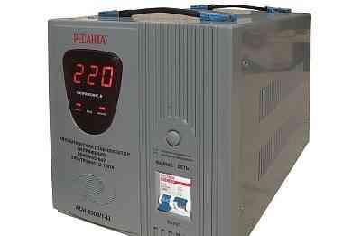 Продается новый стабилизатор Ресанта асн 8000/1Ц