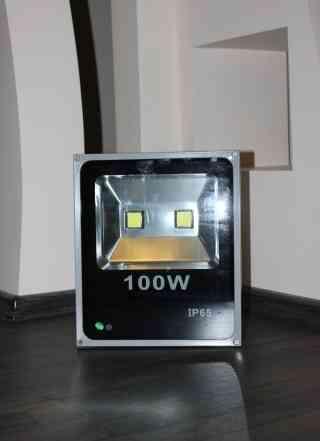 Прожектор светодиодный 100 Вт, новый