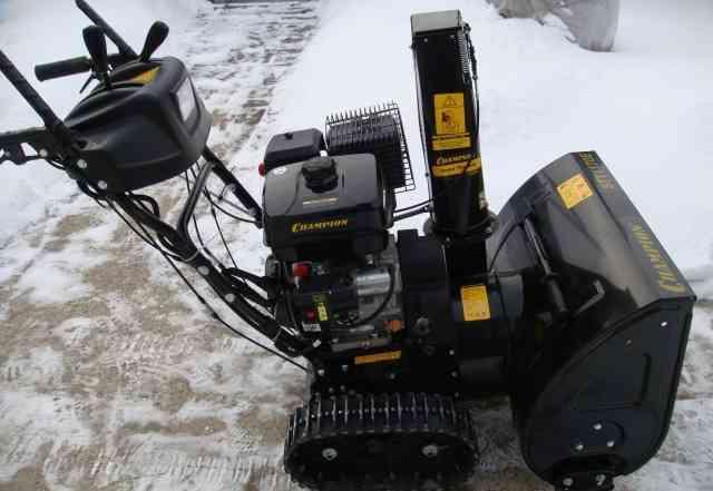 Champion STT1170E снегоуборщик на гусеницах