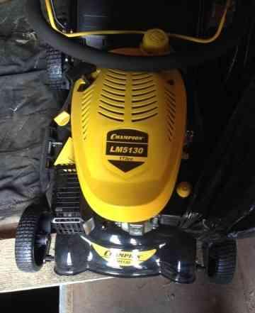 Косилка Champion LM5130 новая