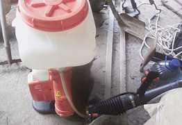 Бензиновый опрыскиватель