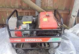 Бензогенератор Хонда. трехфазный (220/380)