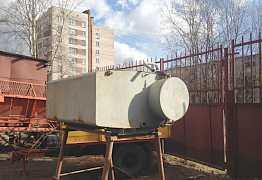 Бочка с подставкой для воды 1800 литров