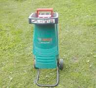 Измельчитель садовый Bosch AXT Рапид 2000 Вт