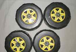 Продам большие и маленькие колеса для тележки