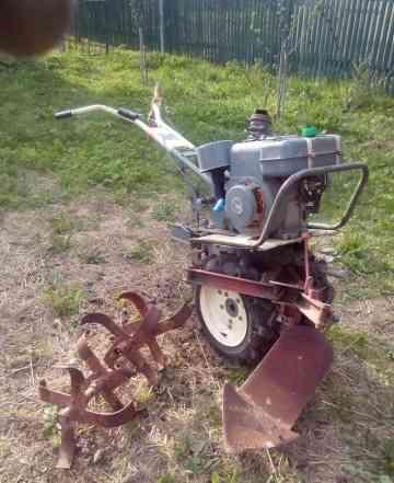 Мотоблок мб-1 с навесным оборудованием