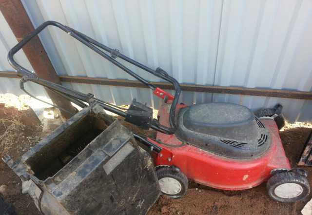 Обменяю газонокосилку на бытовую технику