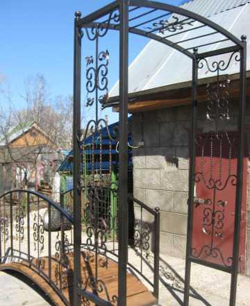Мостик садовый арочный и арка декоративная