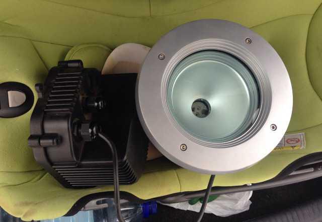 Промышленный водонепроницаемый светильник
