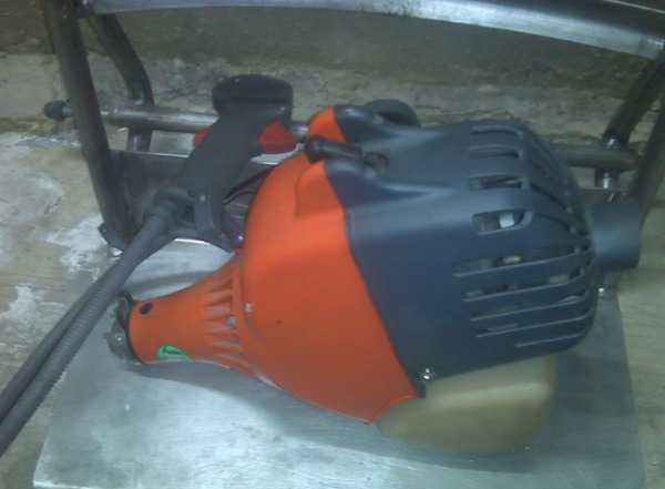 Мотокоса Oleomac 250t двигатель (требует ремонта)