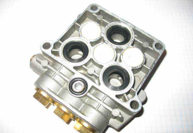 Крышка блока цилиндров nilfisk- альто