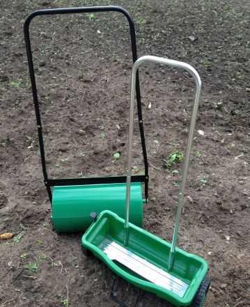 Валик для укатки газона