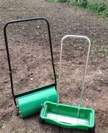 Тележка-дозатор для семян