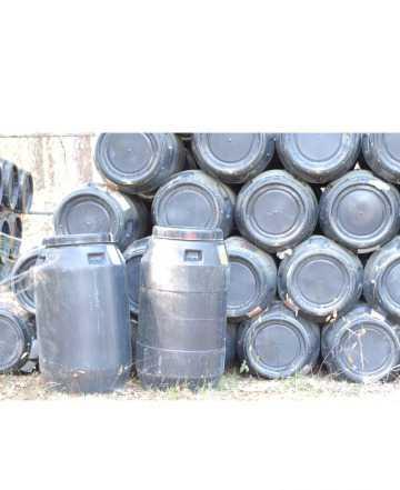 Бочки пластиковые б/у пищевые 240-260 литров