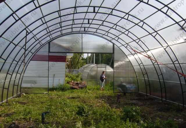 Фермерская теплица шириной 7.65 м
