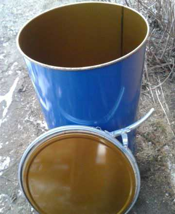 Бочки с крышками на дачу - 200 литров