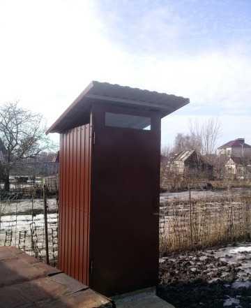 Туалеты и душевые кабины