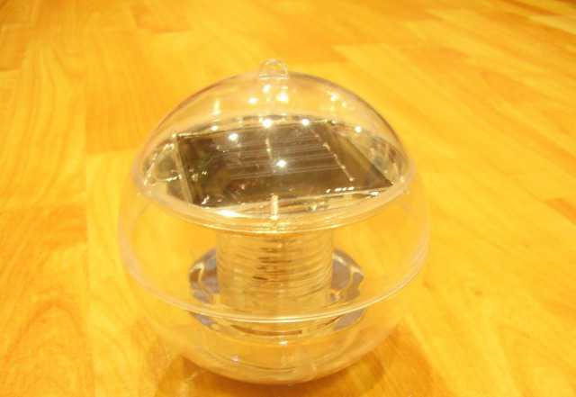 Плавающий светильник на солнечной батарее