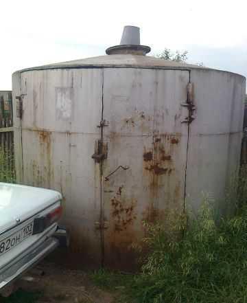 Цилиндрическая емкость под воду или шамбо