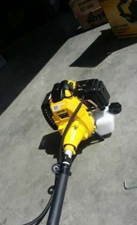 Продается бензиновый тример Huter 1300S