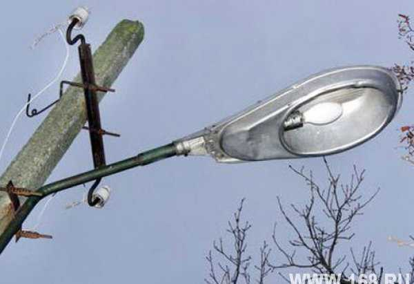 Фонарь уличный с лампой дрл 400