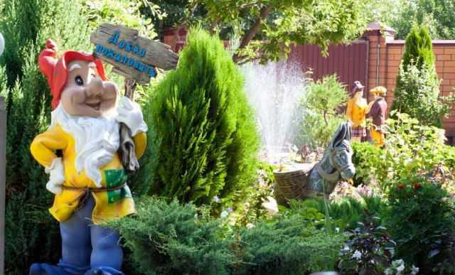 Фигуры садовые, скульптуры животных, фонтан садовы
