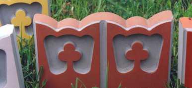 Форма для изготовления бордюрного камня