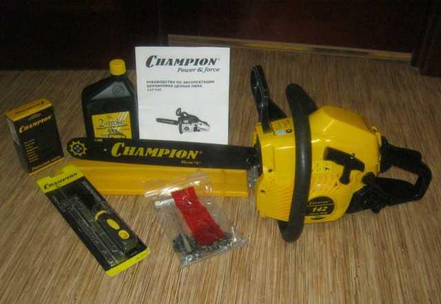 Продам бензопилу Champion 142-16