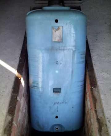 Бак, ёмкость 1200 литров (Б/У), т1200