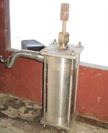 Ручной качок для воды